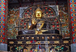 Brand new statue of Tsongkhapa in Lithang Gonpa, the founder of the Gelukpa tradition